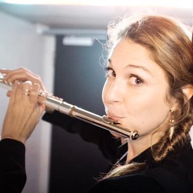 Charlotte Bletton, professeur de flûte traversière au stage de musique Accordissimo