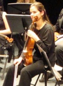 Emiko Nakatani, professeur de clarinette au stage de musique Accordissimo, à l'alto