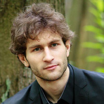 Emile Bernard, professeur de violoncelle et directeur du stage de musique Accordissimo